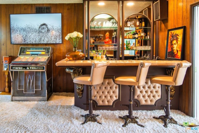 Palm Springs, in-house bar, vintage house, retro style