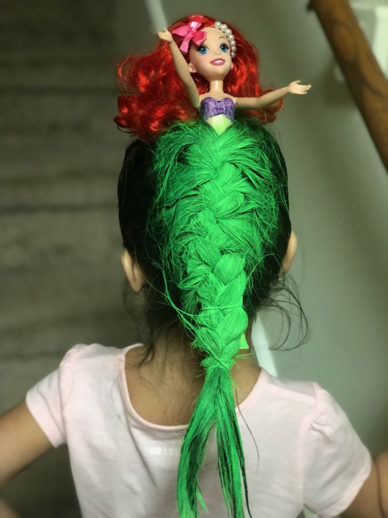 mom makes amazing Little Mermaid hair for daughter