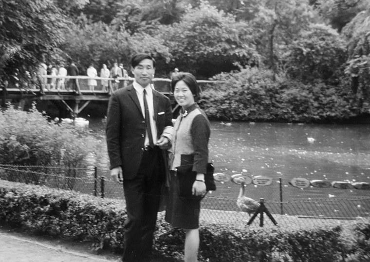 Image: Hi Duk Lee and his wife, Kil Ja.