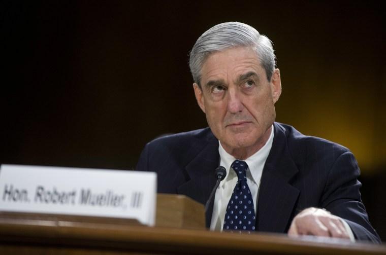 Image: FBI Director Robert Mueller testifies before a Senate Judiciary Committee