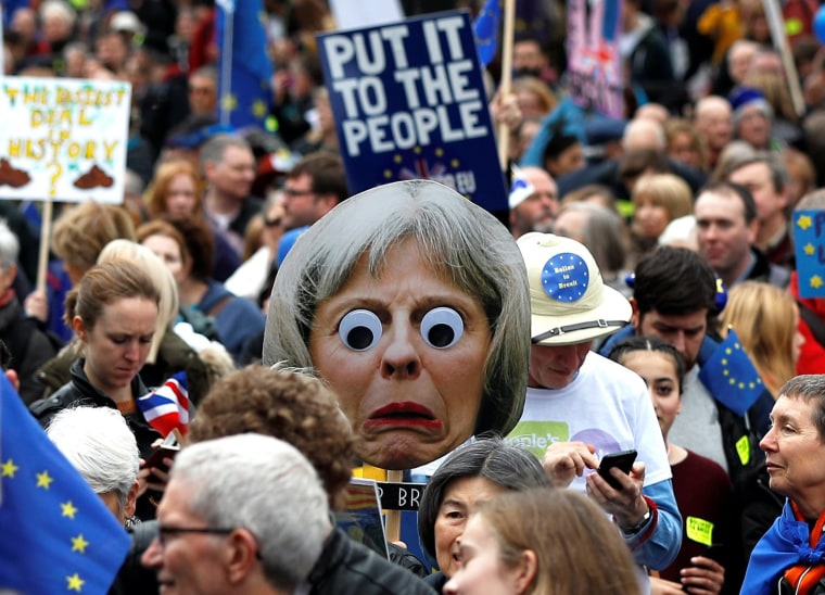 Image: EU supporters participate in the 'People's Vote' march in central London