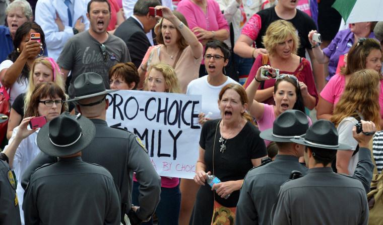 Image: North Carolina legislature approves abortion restrictions
