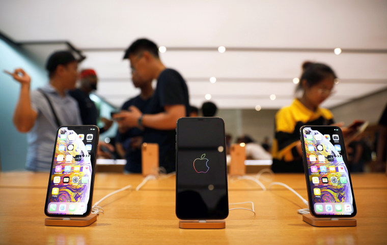 Image: The iPhone XS and iPhone XS Max are displayed at the Apple Store in Singapore