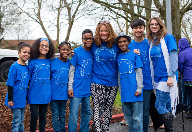 Image: The Hart family of Woodland, Washington, at a Bernie Sanders rally in Vancouver, Washington on March 20, 2016.