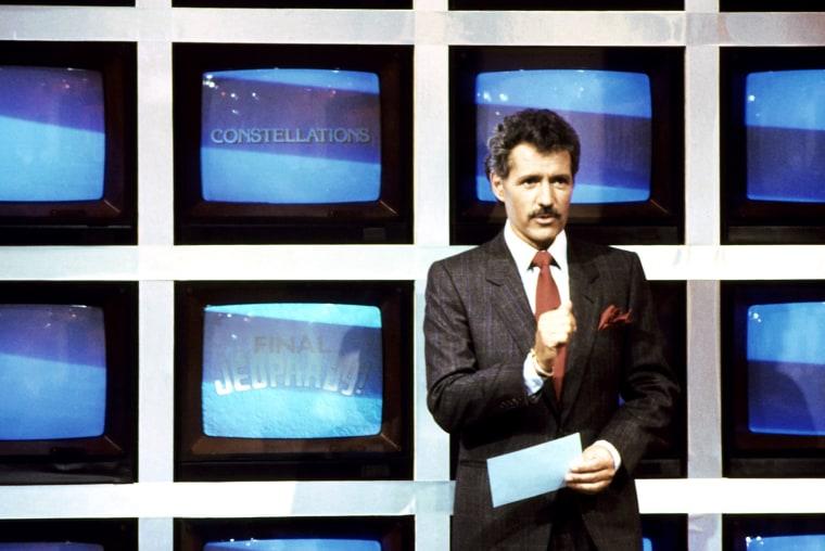 Image: JEOPARDY!, host Alex Trebek (during 'Final Jeopardy' segment), 1984-, (C) ABC / Courtesy: Everett Coll