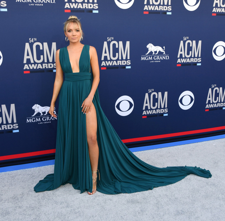 7e74c9e6614 ACM red carpet 2019: See the best looks at the ACM awards