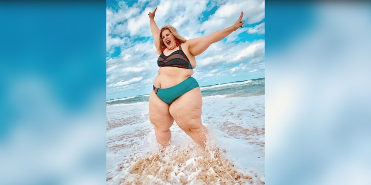 Gillette defends photo with plus-sized model Anna O'Brien