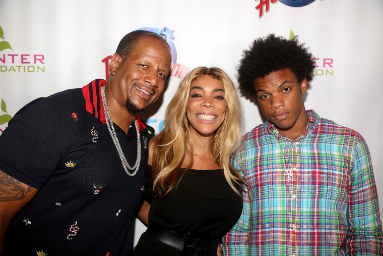 4f132a9869a0 Wendy Williams files for divorce from husband