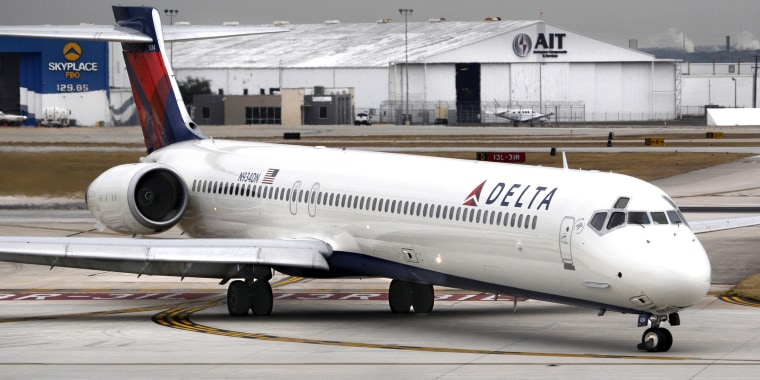 Delta cuts back on reclining seats