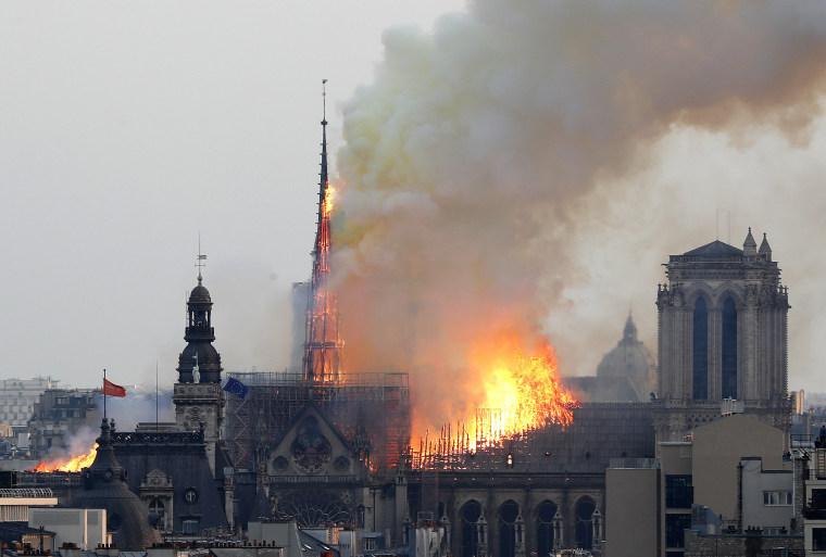 Image: Notre Dame de Paris fire