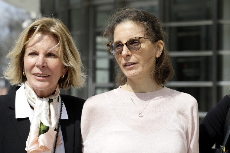 Seagram's heiress Clare Bronfman, NXIVM bookkeeper expected to plead guilty in sex cult case