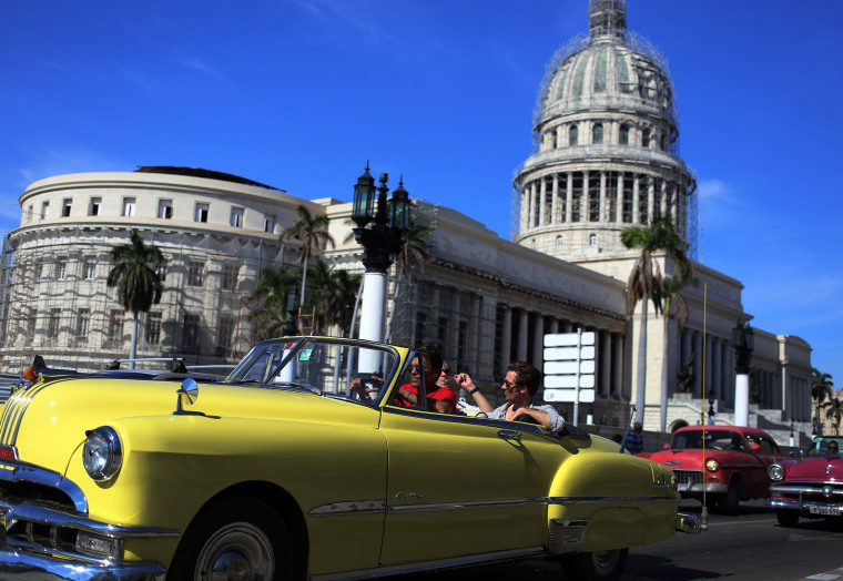 Image: Some see Russia reestablishing interests in Cuba