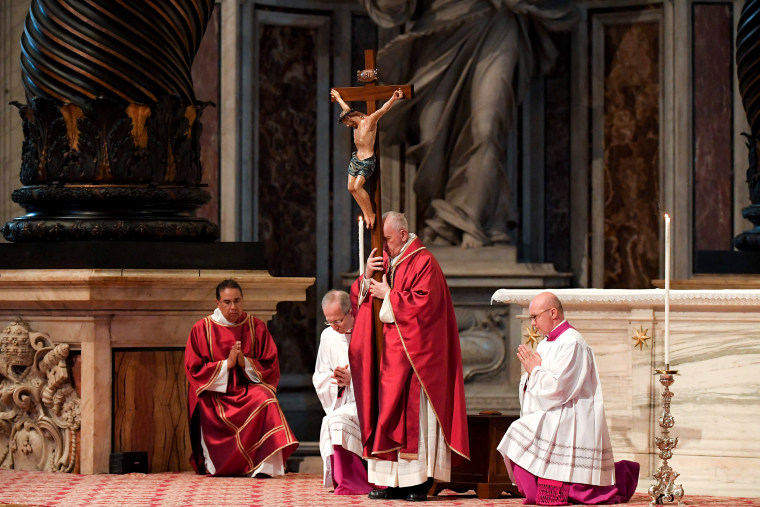 Image: VATICAN-POPE-GOOD-FRIDAY