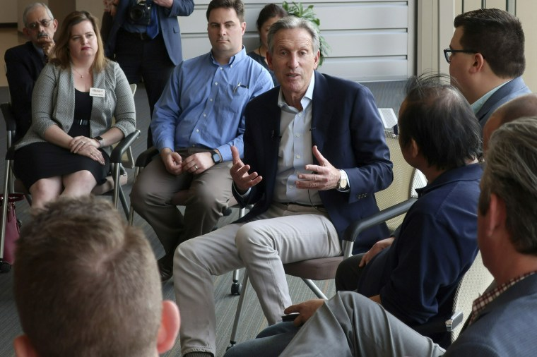 Image: Howard Schultz speaks during a town hall on the University of Kansas campus in Lawrence on April 9, 2019.