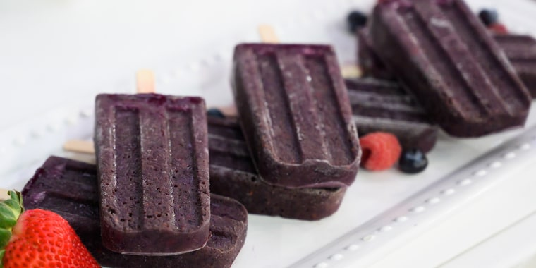 Joy Bauer's Superfood Ice Pops + Oatmeal Chocolate Chip Cookie Dough + Soft & Doughy Taco Pretzels
