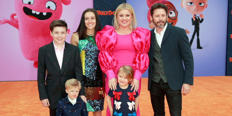 Kelly Clarkson and her family.