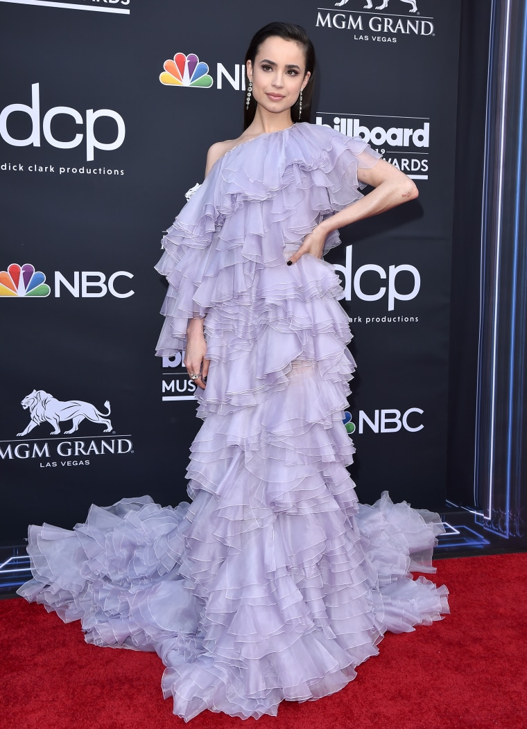 Billboard Music Awards 2019: See all the best looks from the