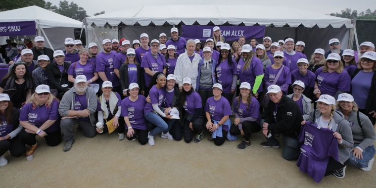 Alex Trebek stands with pancreatic cancer survivors after emotional