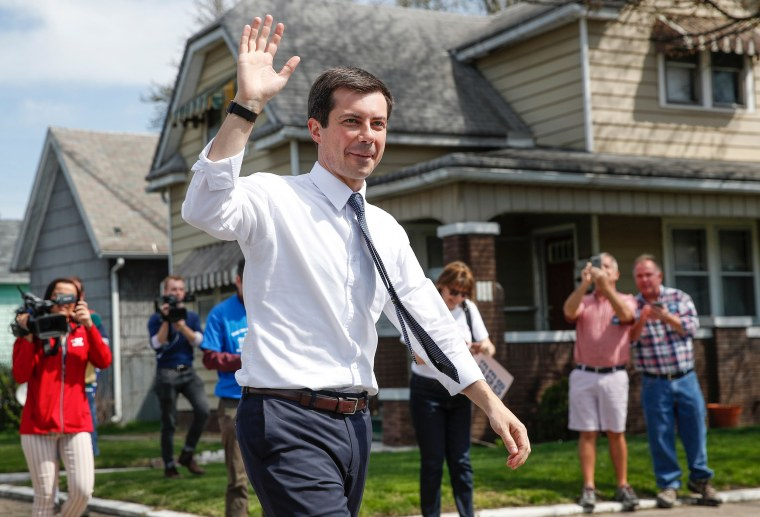 Image: US-POLITICS-VOTE-BUTTIGIEG