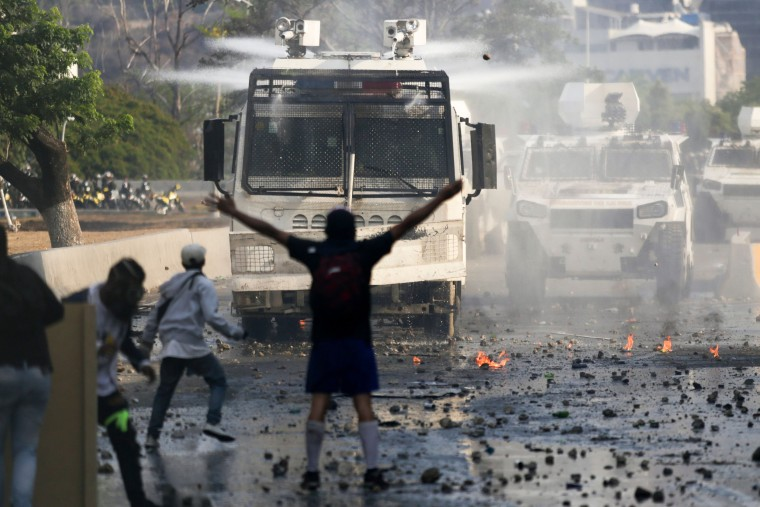 Image: TOPSHOT-VENEZUELA-CRISIS-OPPOSITION-MAY DAY