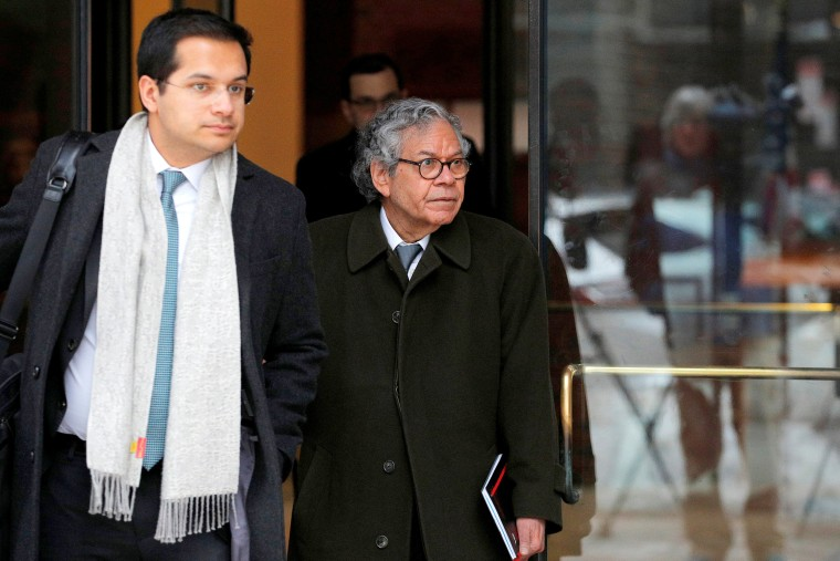 Image: FILE PHOTO: John Kapoor the billionaire founder of Insys Therapeutics Inc. leaves the federal courthouse in Boston