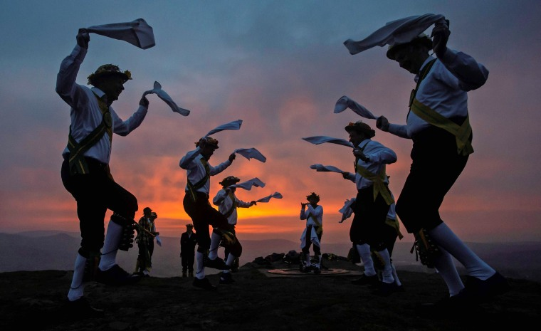 Image: TOPSHOT-BRITAIN-FESTIVAL-MAYDAY-BELTANE-OFFBEAT
