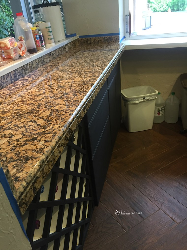 This Dated Granite Countertop Looks Like Marble Now Just By Using Paint