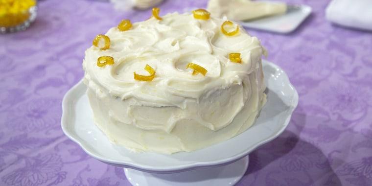 Lemon Velvet Cupcake + Lemon Velvet Cake