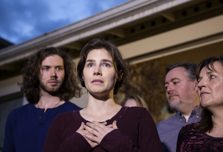 Image: Amanda Knox speaks to the media outside of her parents home in Seattle after she was acquitted of murder by Italy's highest court on March 27, 2015.