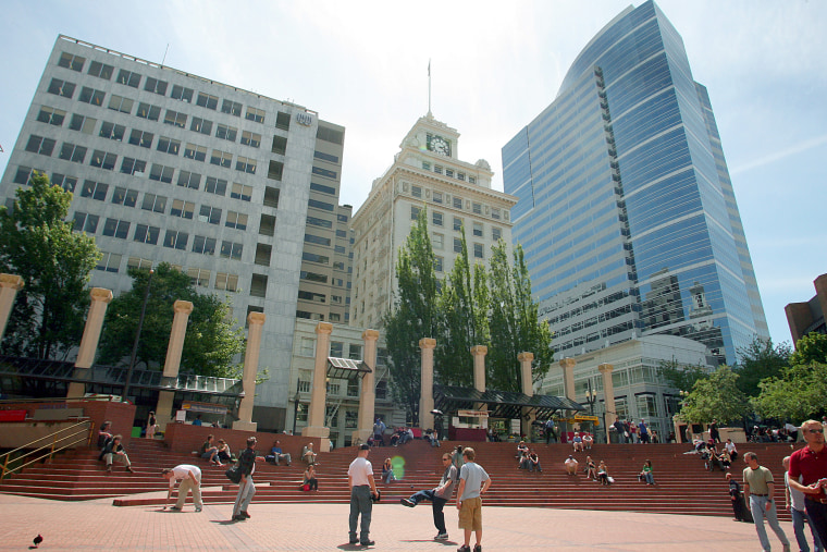 Image: Pioneer Courthouse Square
