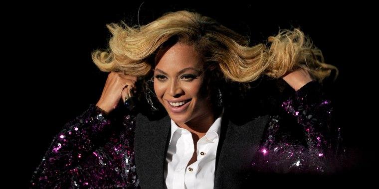 Beyonce hair color, Beyonce blonde, Beyonce brunette