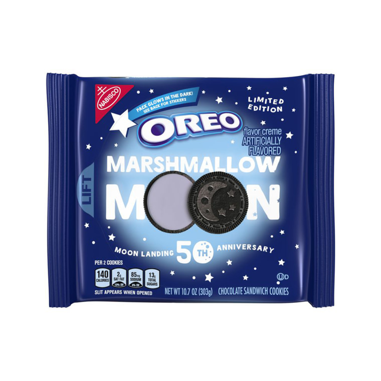 We're over the moon for these Marshmallow Moon limited-edition Oreo cookies.