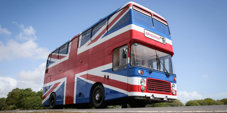Spice Girls bus, Spice World bus, Spice Girls Airbnb