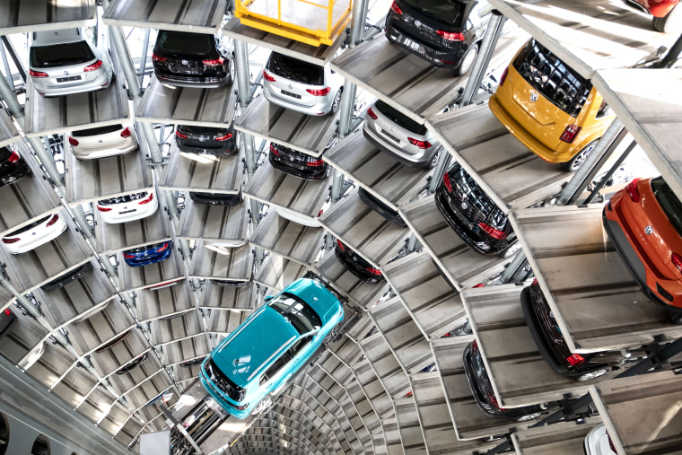 Photo shoot in the car towers of the VW Autostadt