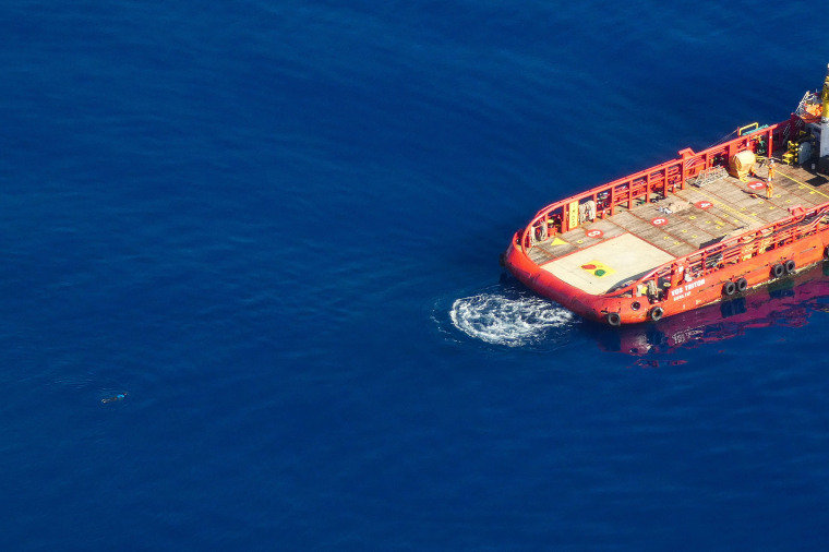 Image: Aerial footage from Germany's Sea-Watch's Moonbird aircraft in SAR zone off Libya's coast