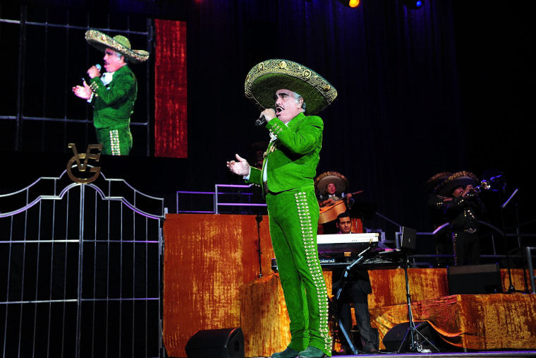 Mexican singer Vicente Fernandez performs in Miami