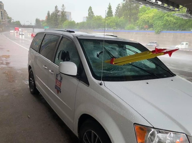 Image: Tri-pod thrown off overpass
