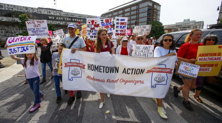 Hundreds protest Alabama abortion ban: 'My body, my choice!'