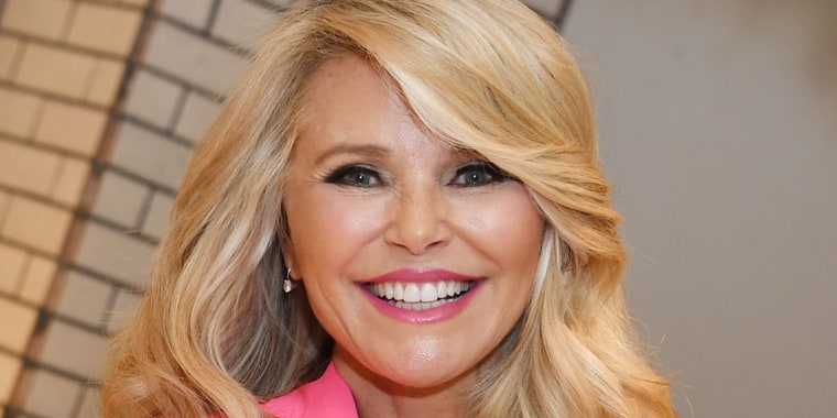 Christie Brinkley's latest bikini pic proves she doesn't age