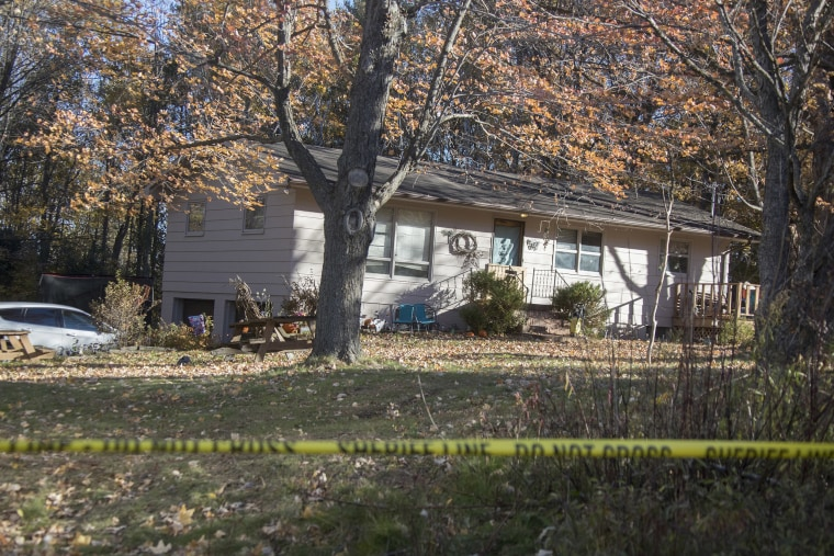 Image: Barron County Sheriff's remained at the scene of the home where 13-year-old Jayme Closs lived with her parents James, and Denise