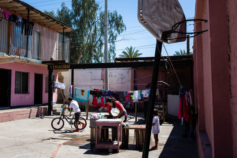 Image: Shelter in Mexicali