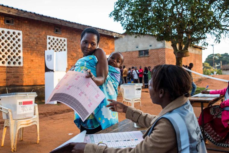 Image: TOPSHOT-MALAWI-VOTE