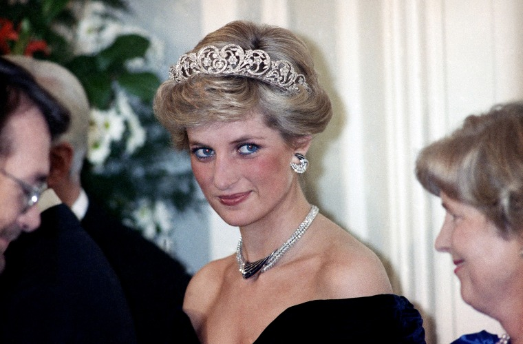 Image: Princess Diana attends a reception in Bonn, Germany, in 1987.