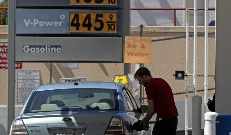 Image: Gas Prices Pass 4 Dollars A Gallon In California's Bay Area