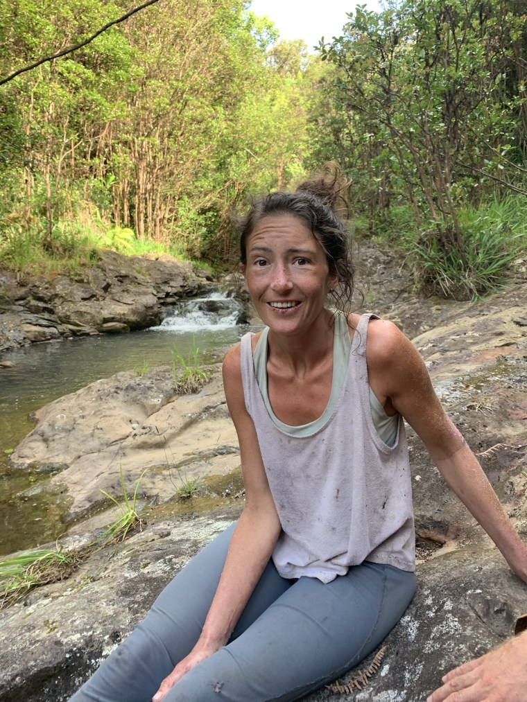 Hiker found alive in Hawaii forest after 2 weeks had access to a waterfall, friend says