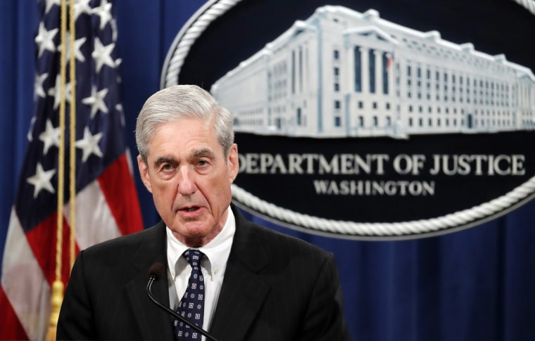 Image: Special counsel Robert Mueller speaks at the Department of Justice
