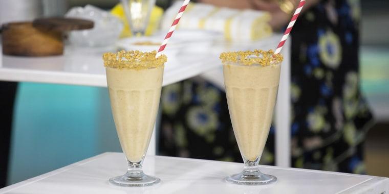 Joy Bauer's Salted-Caramel Milkshake + Blender Vanilla Cupcakes + Chocolate Cupcakes