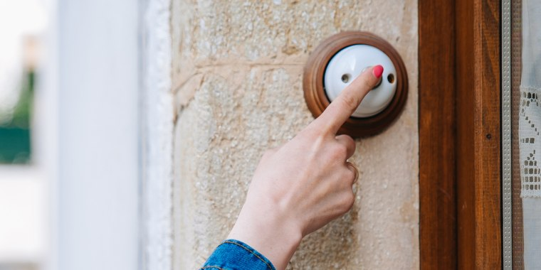 Millennials explain why they don't use doorbells anymore