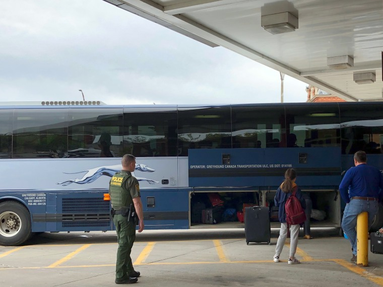 Border Patrol searches have increased on Greyhound, other buses far