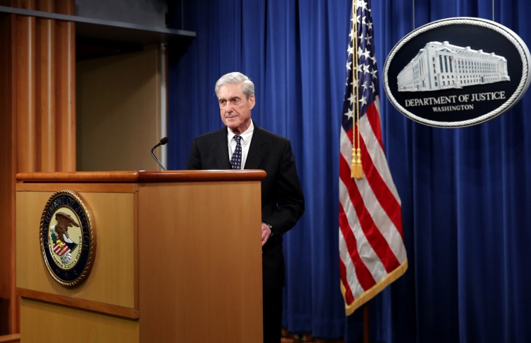 Image: Robert Mueller arrives to speak at the Department of Justice on May 29, 2019.